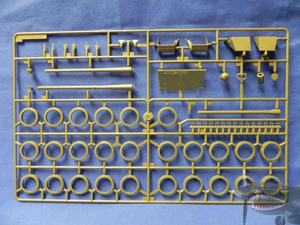 AF35405FV4005StageIISprueTreeW1.JPG