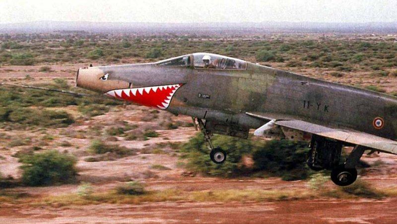 F-100 ob_df41ec_f-100d-11-yk-djibout.jpg