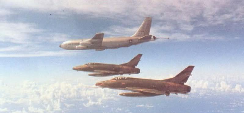 F-100C SuperSabre127thTFS354thTFWKunsanCorea1968.jpg