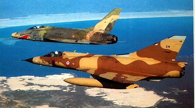 F-100D FAF djibmirage640px.jpg