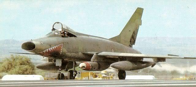 F-100D FAF french640px.jpg