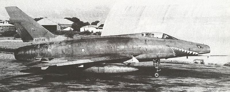 F-100D FAF SuperSabrefrancesbyn1978.jpg