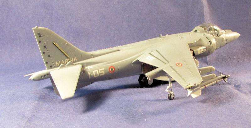 Italian_AV-8B_Harrier_II.jpg