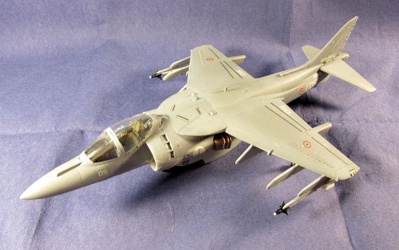 Italian_AV-8B_Harrier_III.jpg