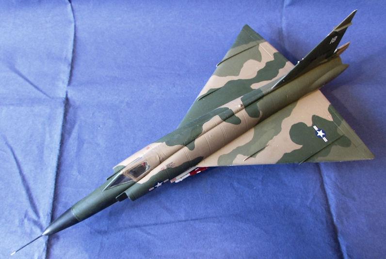 USAF_F_102_Delta_Dagger_SEA_III.JPG