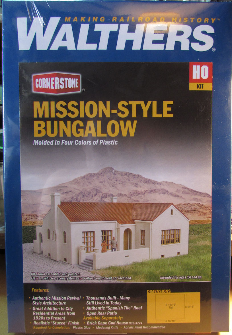 Walthers_Mission_Style_Bungalow.jpg